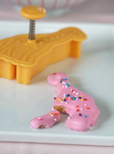 Giraffecookiebyanitachudessertfirst