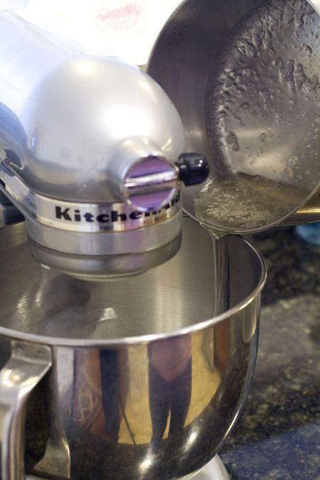 Making-macarons-11