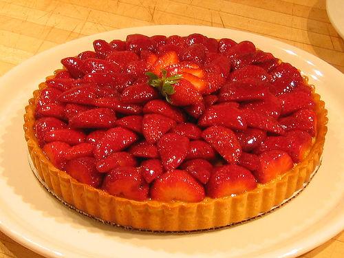Strawberry_creme_damande_tart